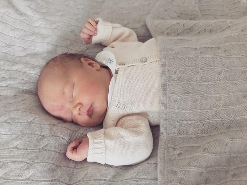 Prinz Gabriel: Das erste Foto von dem süßen Baby von Sofia und Carl Philip   Foto:Prins Carl Philip, Kungahuset.se
