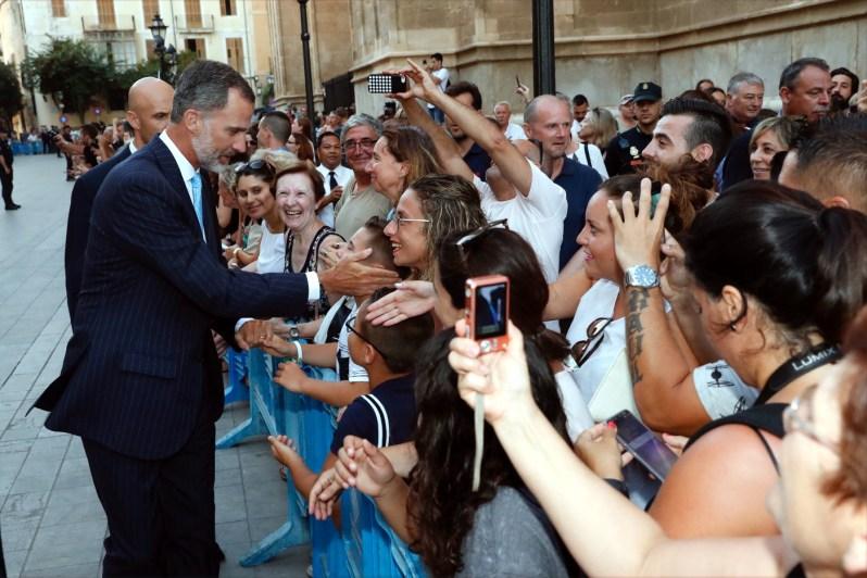 Ein Royal zum Anfassen – König Felipe demonstriert Volksnähe   Foto:Casa de S.M. el Rey