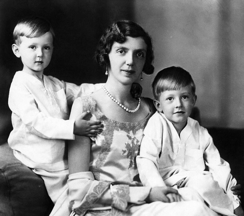Prinzessin Mafalda mit ihren Söhnen Moritz und Heinrich. Foto: Public Domain