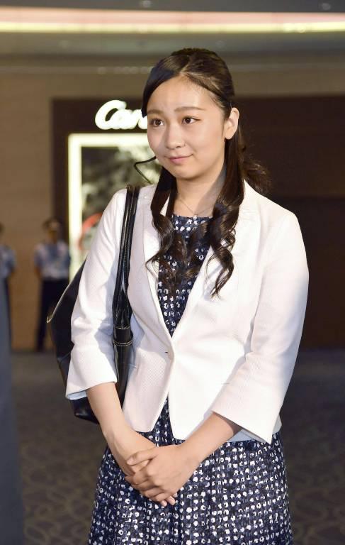 Bei ihrer Ankunft am Flughafen wurde Prinzessin Kako bereits erwartet.  ©imago/Kyodo News