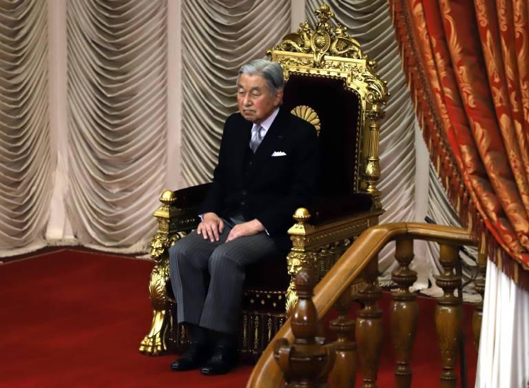 """Es ist das erste Mal seit über 200 Jahren, dass ein Tennō sein Amt frühzeitig niederlegt. Kaiser Akihito ist aber schon länger """"amtsmüde"""" und fühlt sich seiner Aufgabe nicht mehr gewachsen.  ©imago/AFLO"""
