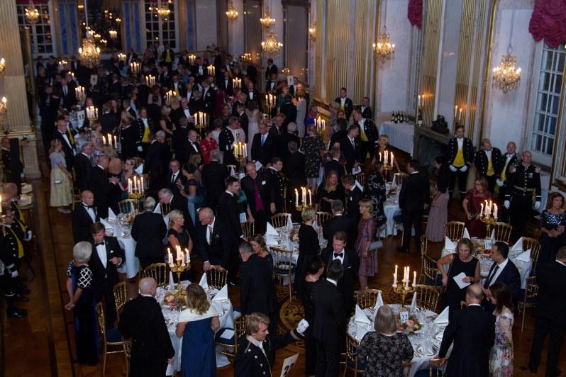 Zu den 170 eingeladenen Gästen zählten Vertreter aus Kultur, Industrie, Bildung, Sport, die sich besonders für ihre Region stark gemacht hatten, sowie alle Gouverneure.  ©Henrik Garlöv/Kungahuset.se
