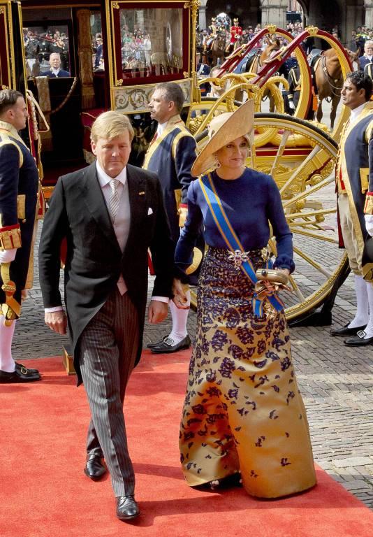 Für dieses von Kopf bis Fuß abgestimmte Outfit erntete Königin Maxima viel Lob.  ©imago/PPE