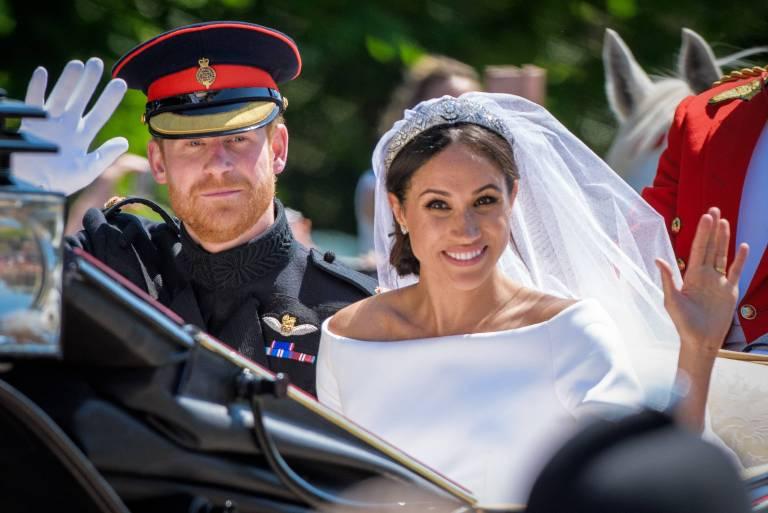 Fans von Prinz Harry und Herzogin Meghan können nun auf eine Souvenirtasche ihrer royalen Traumhochzeit bieten.  ©imago