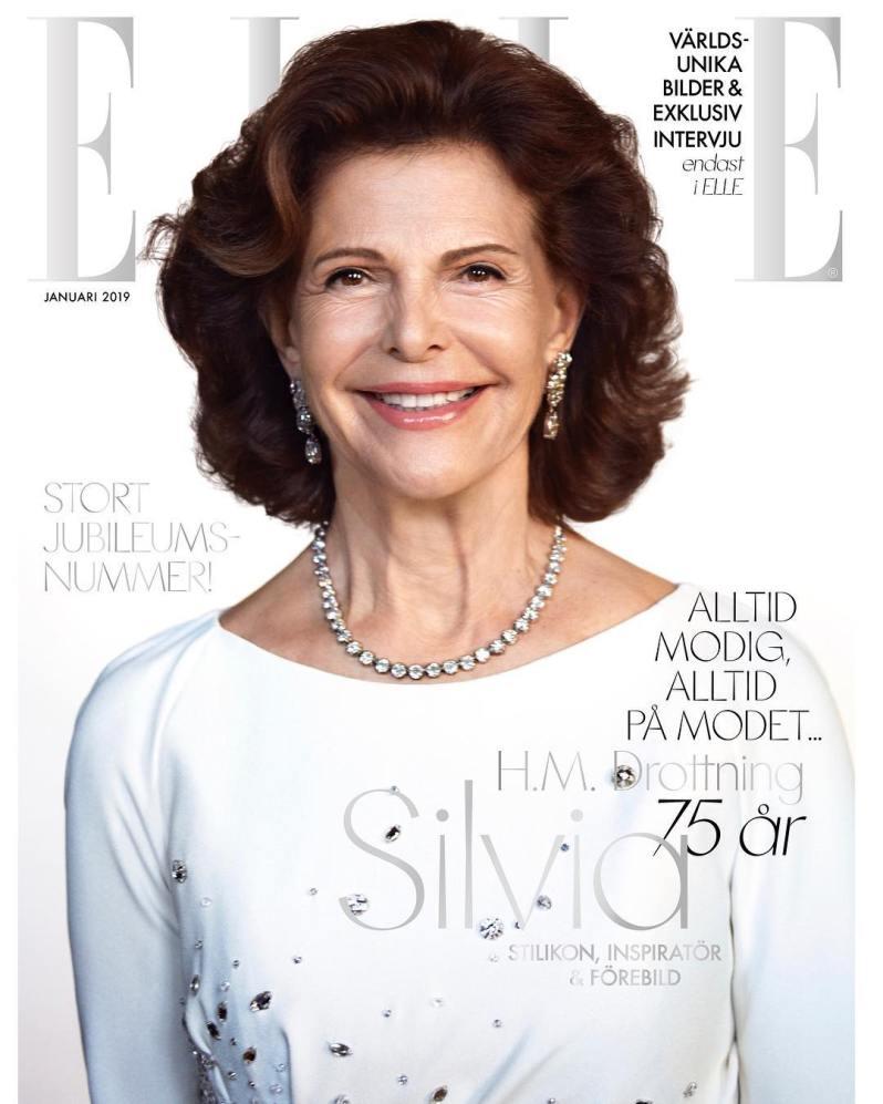 "Königin Silvia strahlt vom Cover der ""Elle"".  ©️Camilla Åkrans/Elle Sverige"