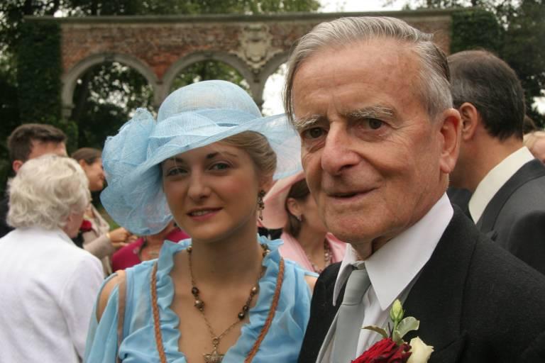 Erbgroßherzogin Stéphanie mit ihrem geliebten Vater.  ©imago/Belga