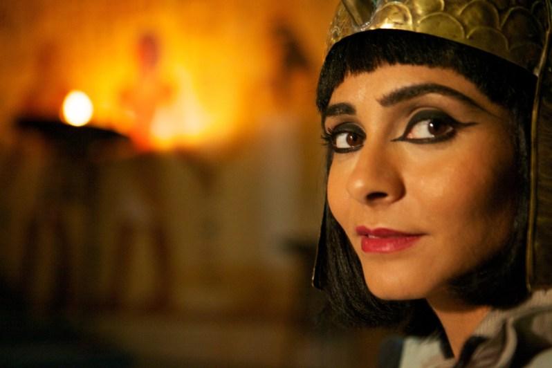 Sie war die Geliebte Julius Cäsars: Kleopatra, die letzte Pharaonin. War es tatsächlich Liebe oder eher politisches Kalkül, das die beiden miteinander verband?