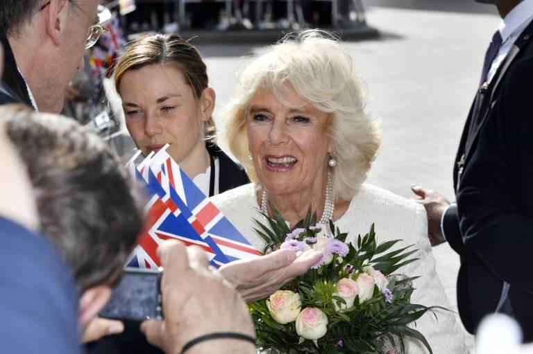 Herzogin Camilla wurde von den Berlinern begeistert in Empfang genommen.  ©imago images / Future Image