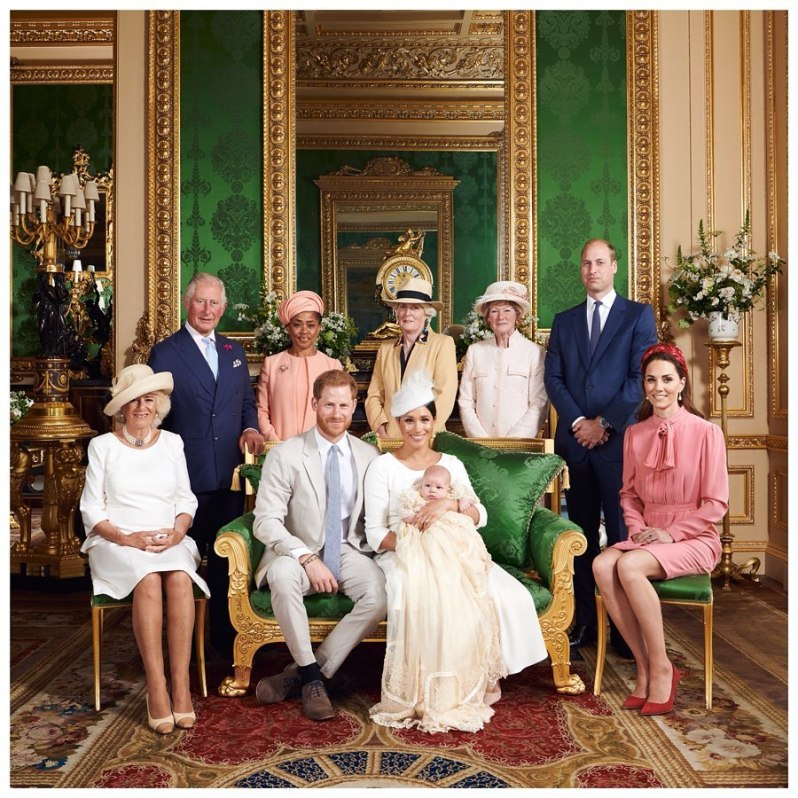 """Der kleine Archie ist für Prinz Charles schon das vierte Enkelkind. """"Er geht auf die Knie und krabbelt stundenlang mit ihnen herum. Seine Enkel verehren ihn"""", verriet Herzogin Camilla in der Doku """"Prince, Son and Heir: Charles at 70"""".  © Chris Allerton, SussexRoyal"""