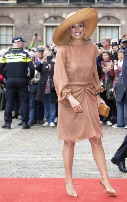 Dieses Modell von Fabienne Delvigne trägt Königin Maxima häufiger. Sie besitzt den Hut in verschiedenen Farben. © imago images / PPE