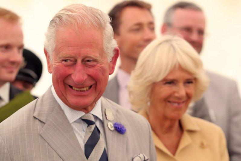 Prinz Charles hätte schon in jungen Jahren lieber seine Dauerfreundin Camilla geheiratet. Doch sie heiratete einen anderen, nachdem der Thronfolger mehrere Monate auf See verbringen musste.  © imago images / i Images