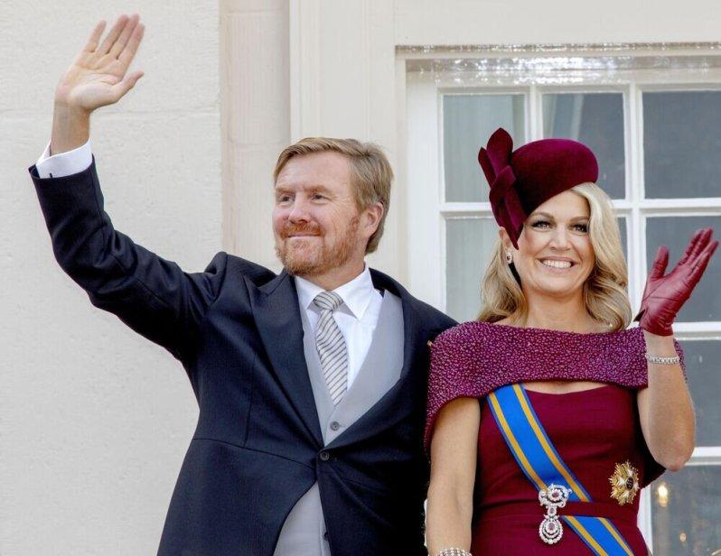 Es ist nun beschlossene Sache: Das Budget der Königsfamilie erhöht sich 2020 um 1,1 Millionen Euro auf 44,4 Millionen Euro. König Willem-Alexander wird im nächsten Jahr 949.000 Euro erhalten. Königin Maxima kann mit 377.000 Euro rechnen.  © imago images / PPE