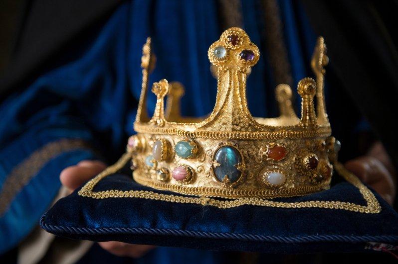 Ruhmsucht, Gier und Größenwahn: Europas Geschichte ist geprägt durch den Machthunger seiner Könige. Im Hundertjährigen Krieg kämpfen die Herrscher von England und Frankreich um den Thron.  © ZDF/Nathalie Guyon