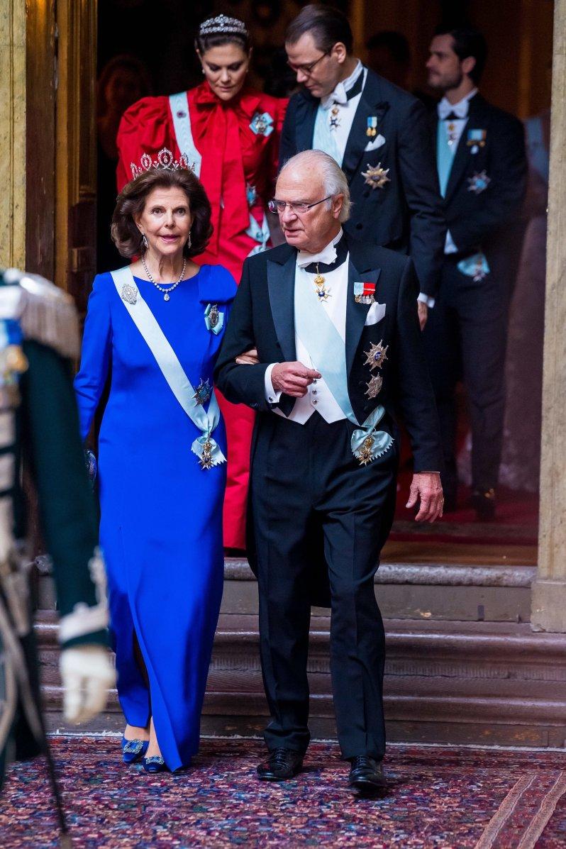 Königin Silvia machte wieder einmal eine gute Figur. In ihrer königsblauen Robe sah sie elegant und stilvoll aus.  © picture alliance/DPR