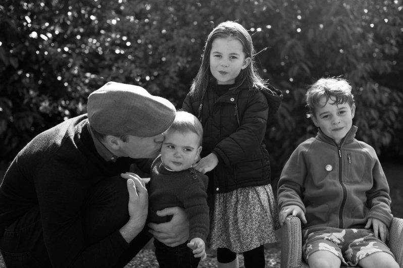 Prinz William und Herzogin Kate werden ihre Kinder wohl häufiger in der Öffentlichkeit zeigen.  © picture alliance / Photoshot