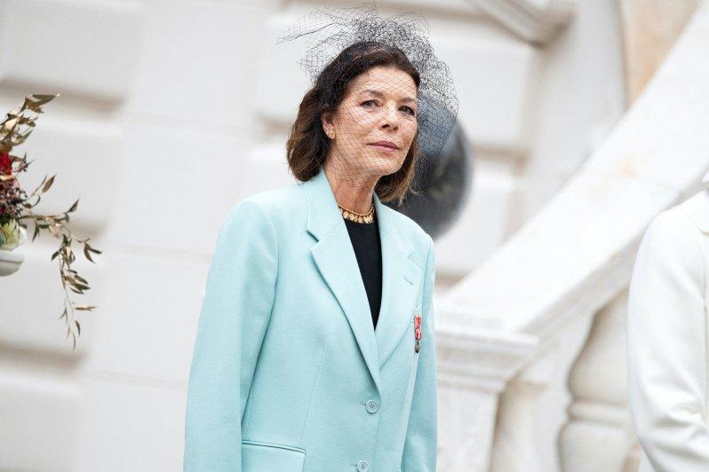 Prinzessin Caroline, hier beim Nationalfeiertag in Monaco, wehrt sich konsequent gegen Paparazzi-Fotos. Prinz Harry und Herzogin Meghan sollten ihrem Beispiel folgen.  © picture alliance / abaca