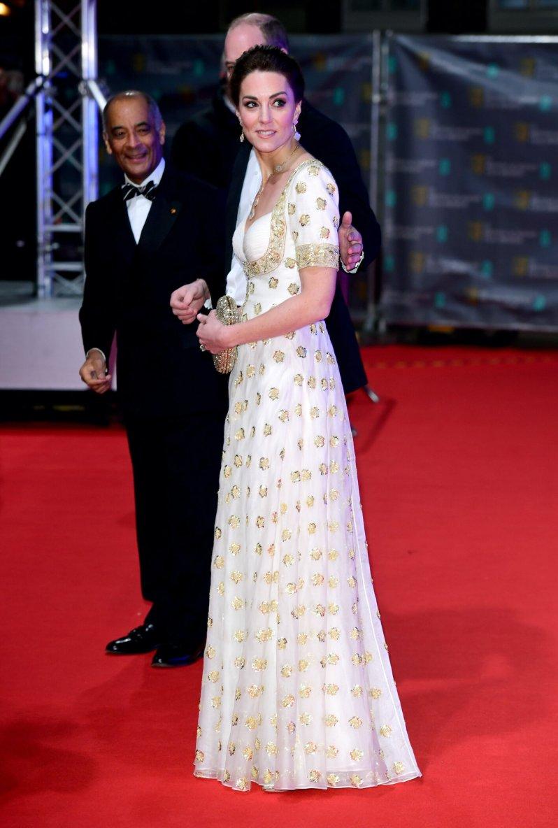 Herzogin Kate recycelte ihre Alexander McQueen-Kleid aus dem Jahr 2012.  © picture alliance / empics