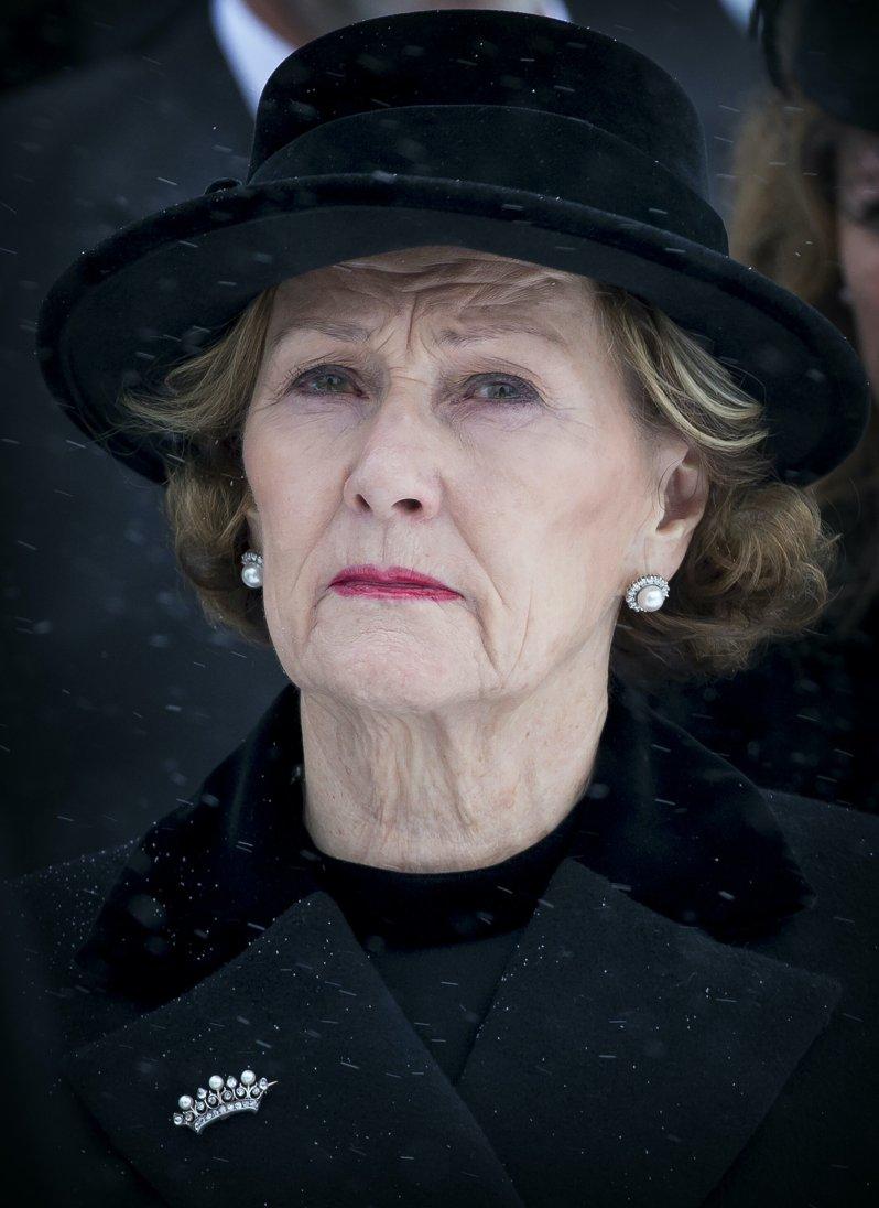 Königin Sonja musste Anfang des Jahres auch ihren ehemaligen Schwiegersohn Ari Behn zu Grabe tragen. © dpa