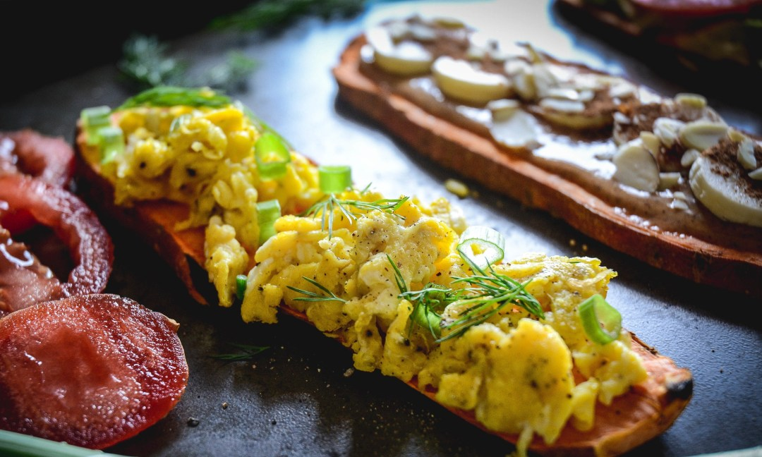 sweet potato toast with egg and scallions