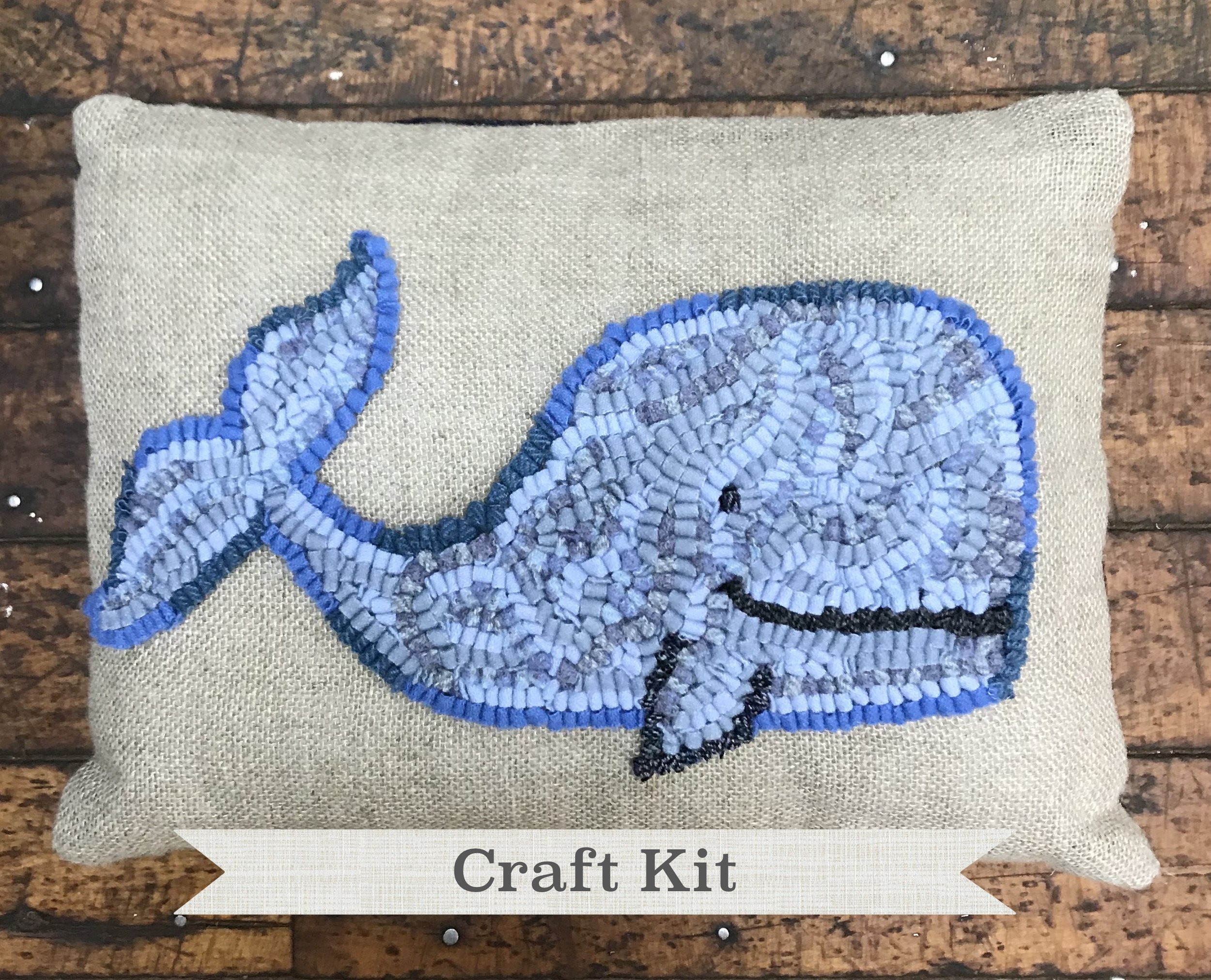 diy rug hooking pillow kit smiling whale complete rug hooking kit make your own 12 x 16 inch linen pillow free shipping in usa loop by loop