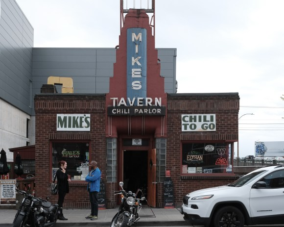Mike's Tavern Chili Parlor (3 of 3).jpg