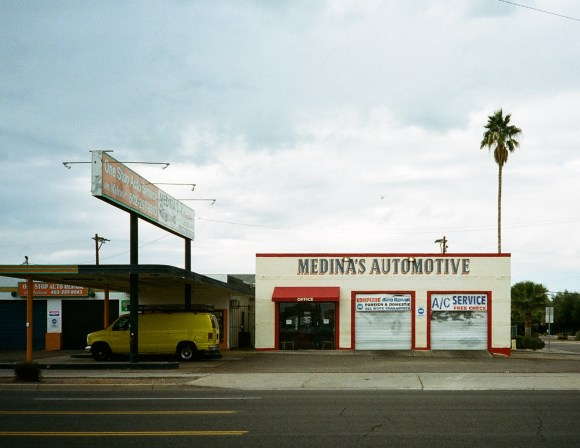 Medina's Automotive, Melrose, Phoenix, December 2018. I've waited a long time to get a photo of this place without a car directly in front of the building.