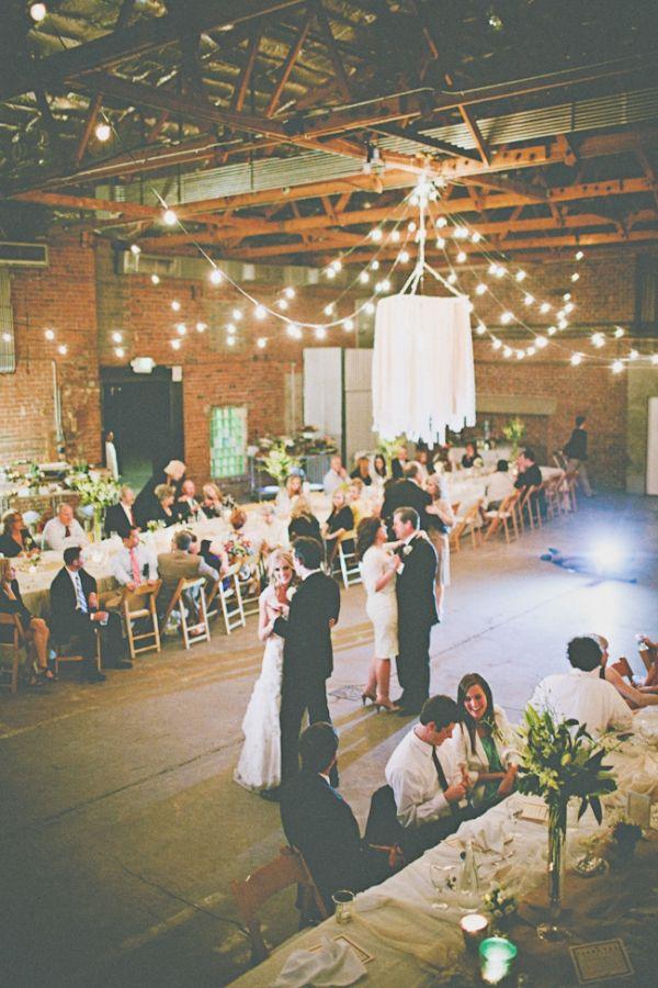 cozy wedding lighting ideas for a fall