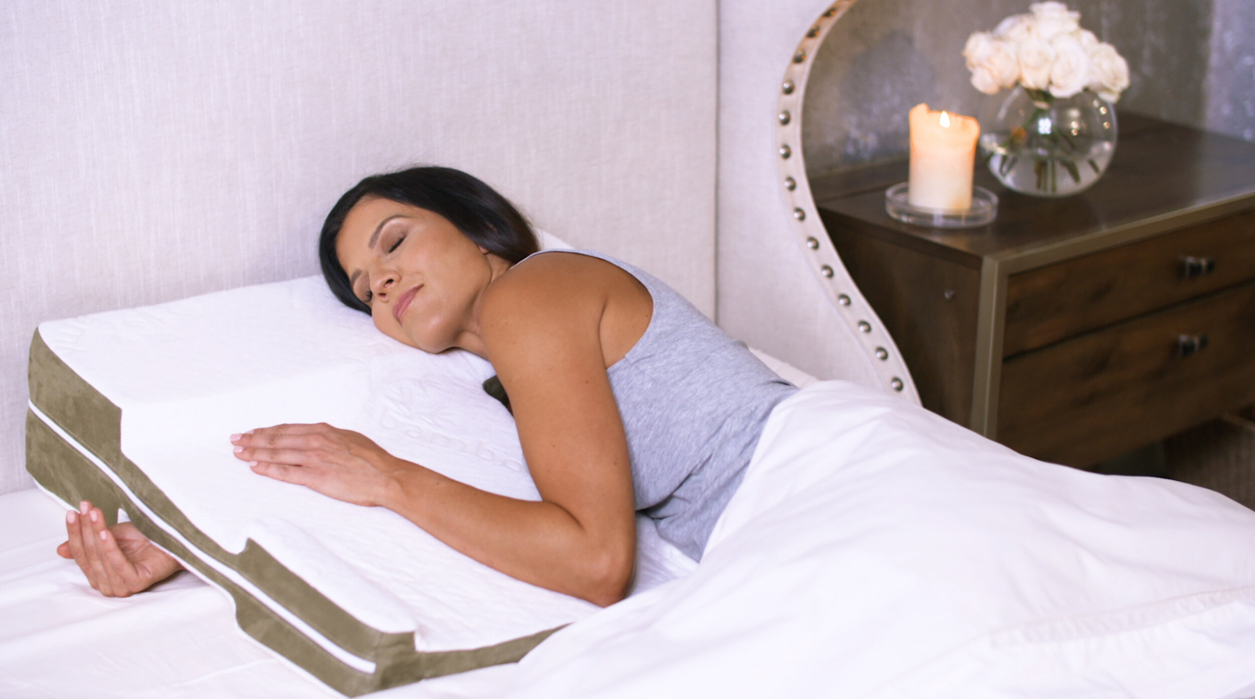 pain relieving pillow designed by
