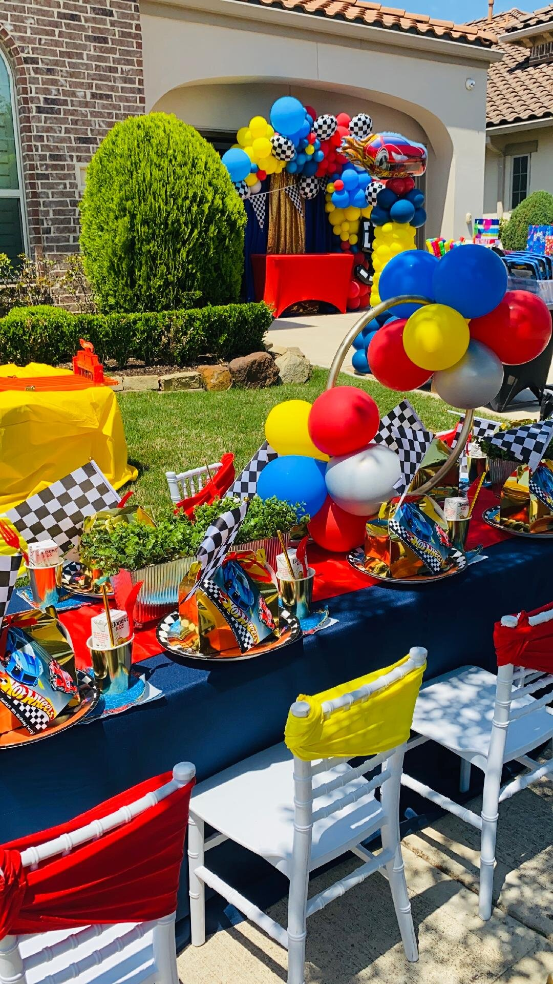 Houston Children S Birthday Party Places And Ideas For Kids Parties Home Birthday Parties Delivered Rainbows Wishes Houston Kids And Children S Birthday And Event Party Planner Kid S Parties Chair Rentals Decorators