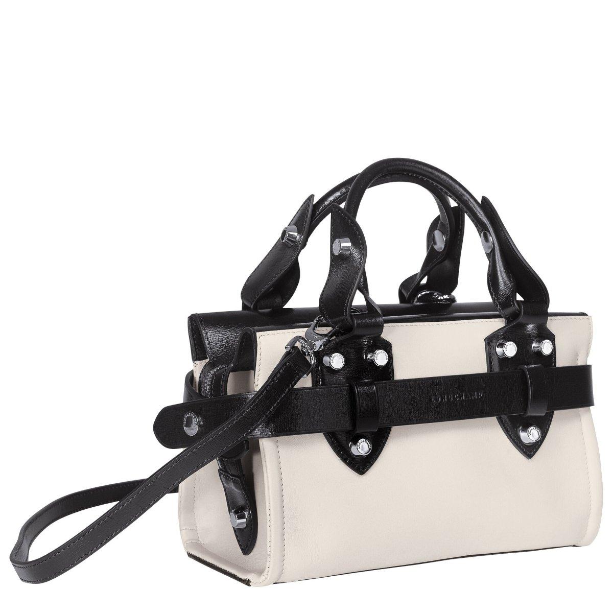 純色真皮手袋 HK$8,700