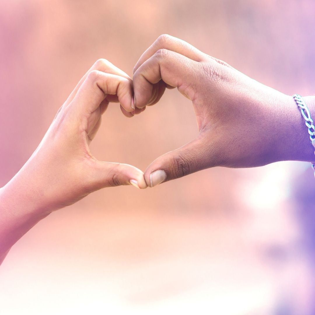Love shape made by hand Romantic dp image full HD free download.