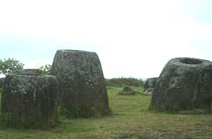 Những khối đá thách thức thời gian và mưa nắng.