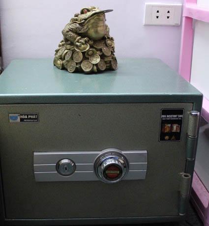 Phong thuỷ: Hướng đặt két sắt giữ được tiền - Archi
