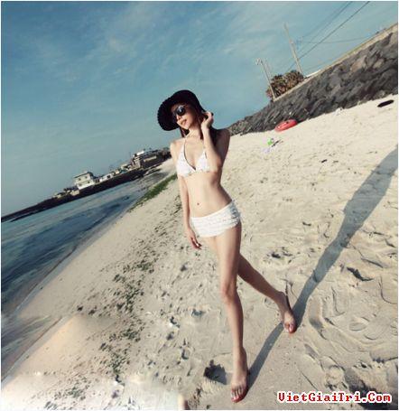 Những mẫu bikini mê hoặc mọi ánh nhìn