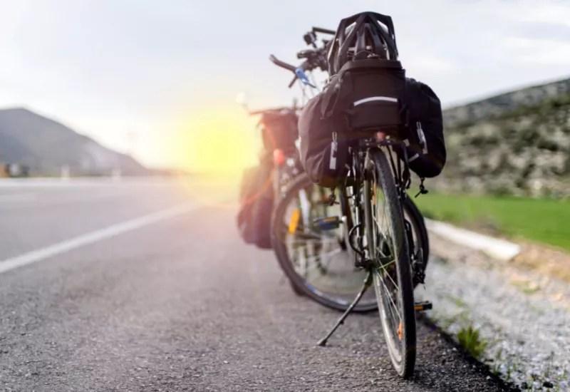 Rower, sakwy na rower, bagażnik rowerowy, wyprawa rowerowa