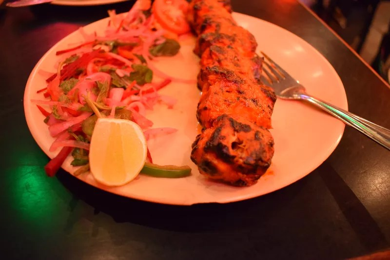 chicken tikka at Toto's Garage