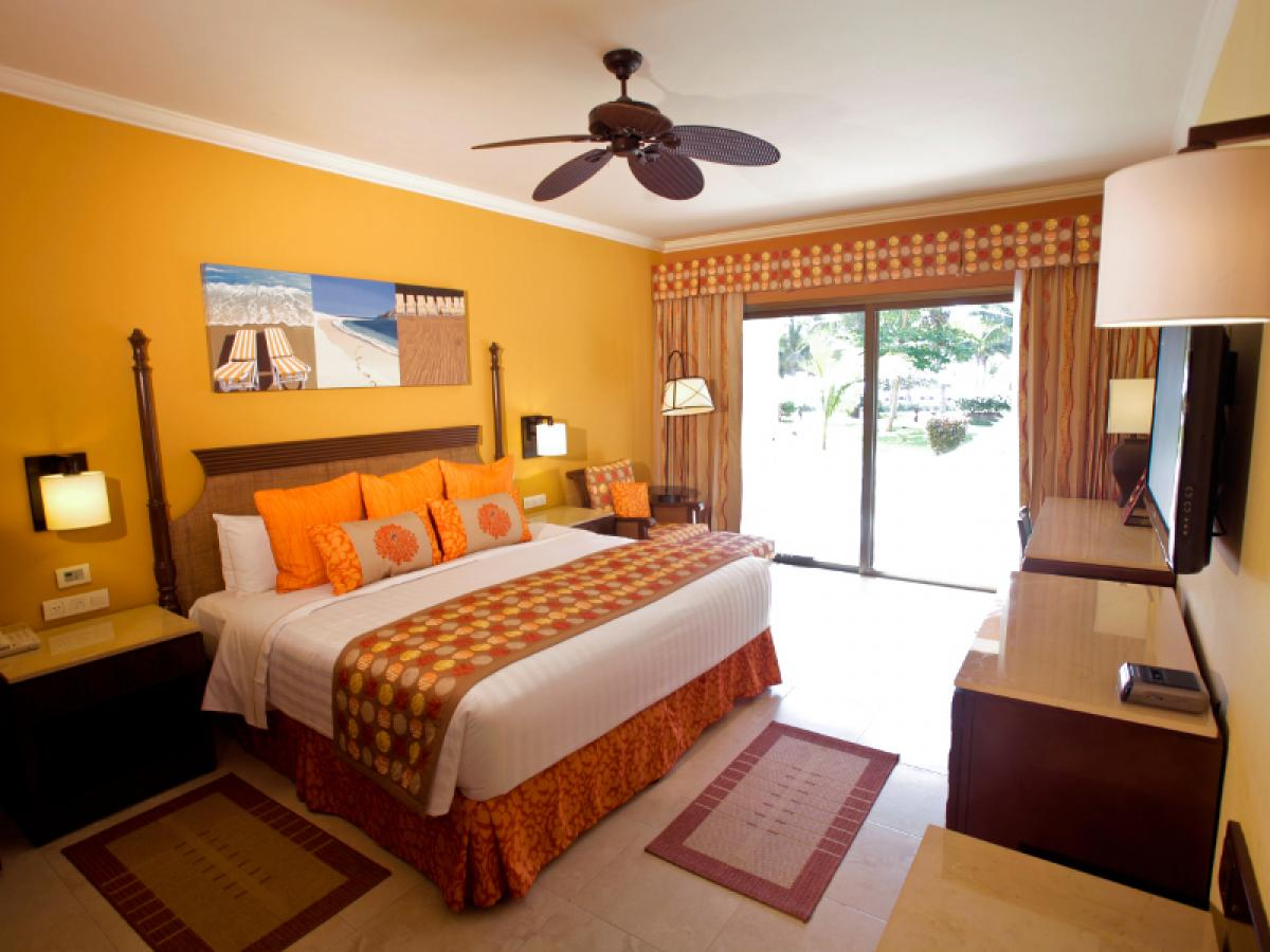 STSVacations Barcelo Maya Palace