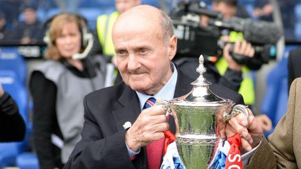 https://i2.wp.com/images.stv.tv/articles/w768/592503-rangers-legend-johnny-hubbard-presents-the-scottish-league-one-trophy.jpg?resize=604%2C341&ssl=1