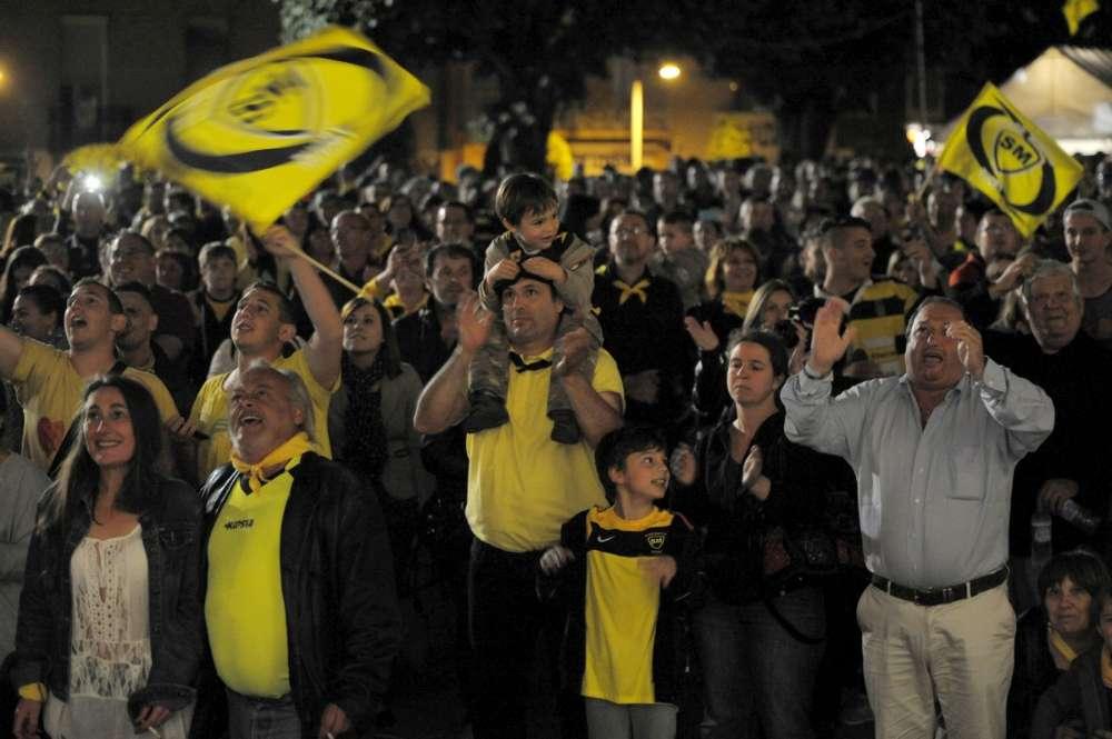 Mont De Marsan 1000 Supporteurs Disent Merci Aux