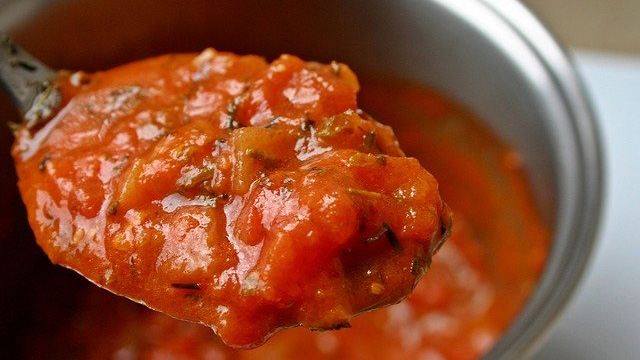 Make a simple tomato sauce for pasta.