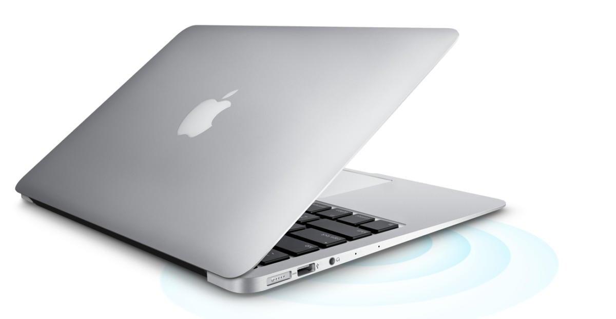 Desktop And Laptop Together