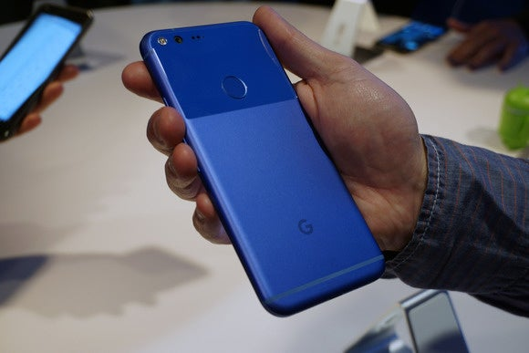 google pixel back in hand 2