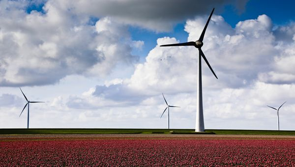 Piazza Affari: spinge in avanti Falck Renewables