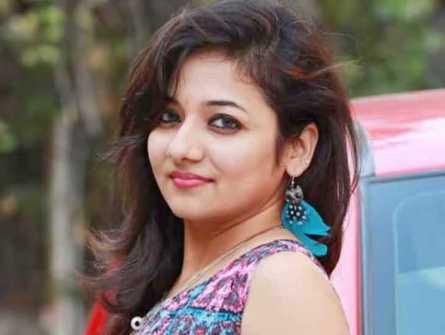 Actress Priya Prince pics