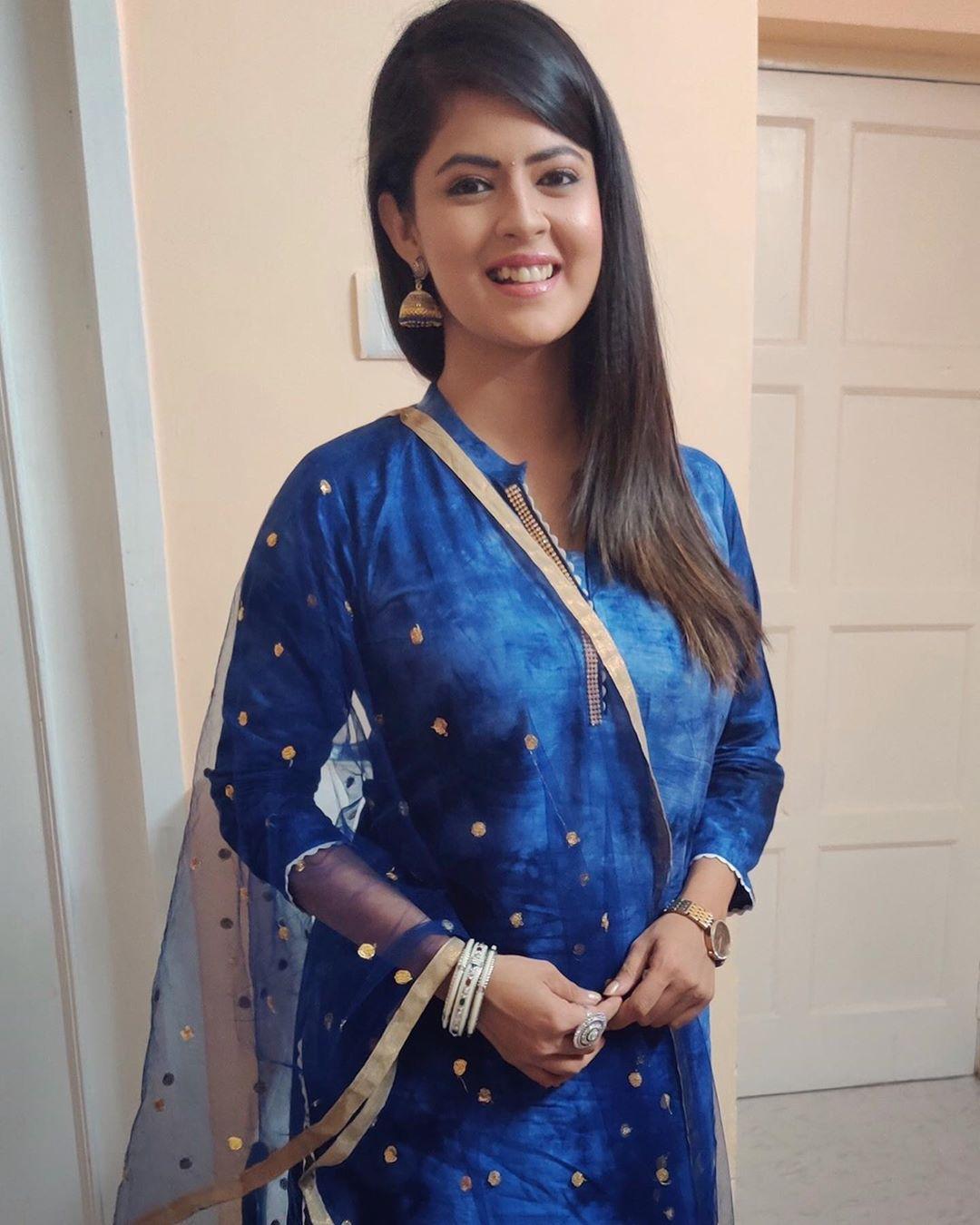 Actress Mansi Joshi Hd Images