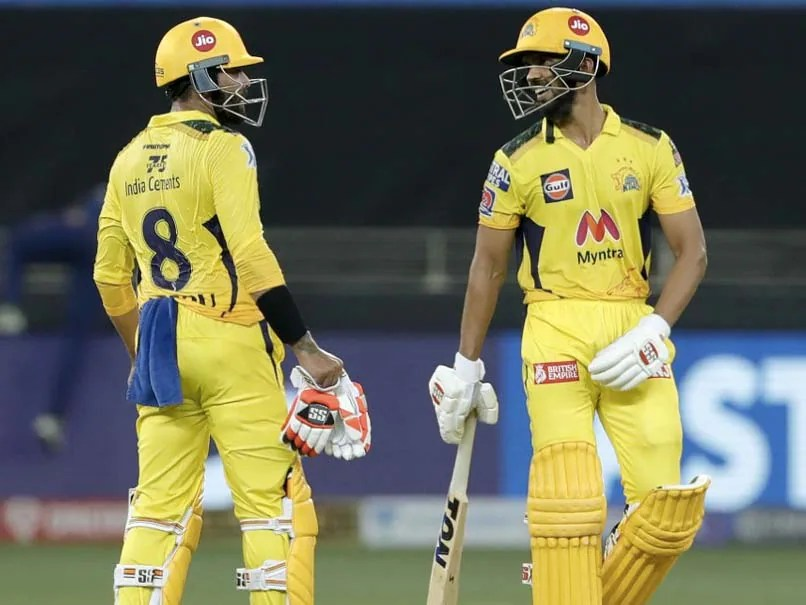 decisions took by dhoni in csk vs mi ipl 2021