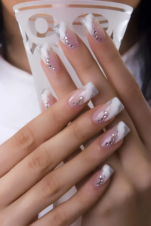 Another Great Exle Of Patterns Looking Fabulous In As Gel Nail Art Here The Wearer Has Added A Few Flowers To Just Nails Add Some Intriguing