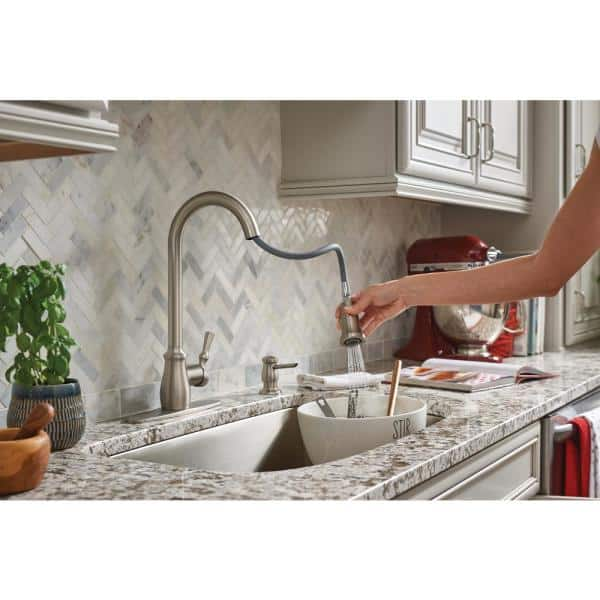 Moen Fieldstone Single Handle Pull Down Sprayer Kitchen Faucet With Reflex And Power Clean In Spot Resist Stainless 87808srs The Home Depot