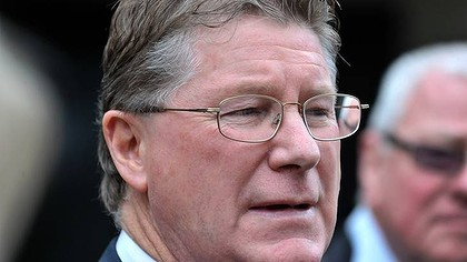 Racing Minister Dennis Napthine has welcomed an inquiry into race fixing.