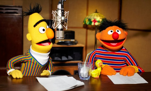 https://i2.wp.com/images.thecarconnection.com/med/bert-and-ernie-from-sesame-street-are-the-new-voice-of-tomtom_100370159_m.jpg
